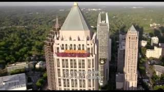 Trailer du film Larry Gaye  hôtesse de l air   vostfr