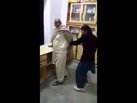 Pakistani Funny injection baba