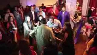 Best Mehndi Dance By Pakistani Family Group Wedding Dance 2017 Wedding