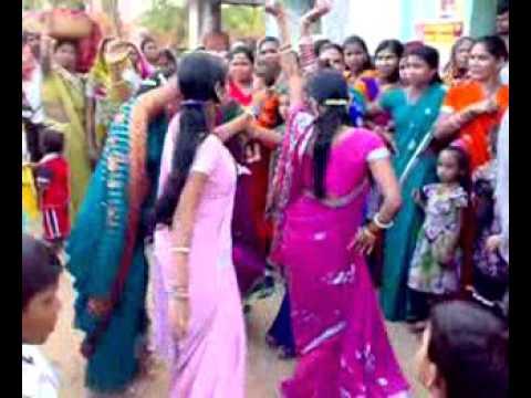 Desi village aunty dance in marriage