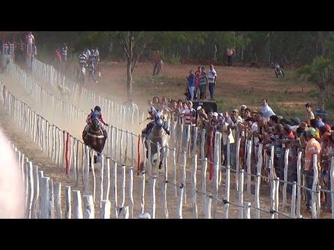 Corrida de Cavalos em Sumé DISPUTA ACIRRADA