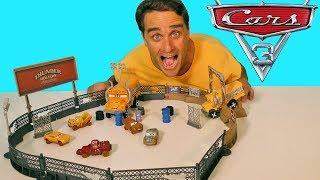 Cars 3 Crazy 8 Crashers Smash & Crash Derby !    Toy Review    Konas2002