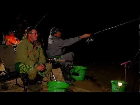 ночная фидерная рыбалка видео