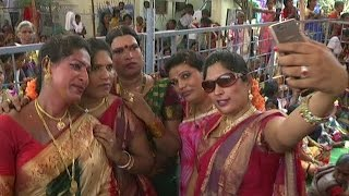 Hijras Married Lord shiva in Vemulawada and Dance at Temple  | REPORTERBOX