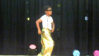 8 year-old does James Brown,MC Hammer and Michael Jackson back to back to back