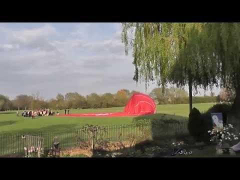 Xxx Mp4 Virgin Hot Air Balloon Lands In Abingdon On The Thames 3gp Sex