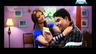 Sizzling Deepshikha seducing Satish Kaushik   Dhoom Dadakka