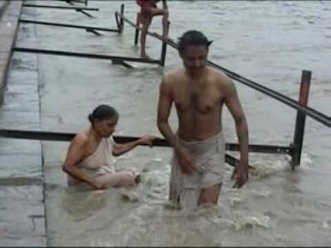 Haridwar-Part(3)-Bathing in Ganga