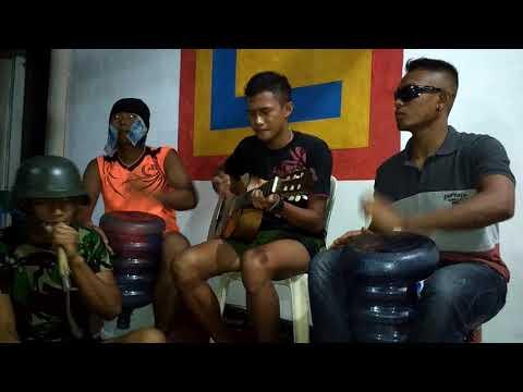 TNI ngamen nyanyi cinta sekota 2 versi reggae asyekkkk