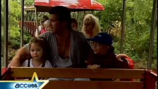 Miley's Day At The Zoo