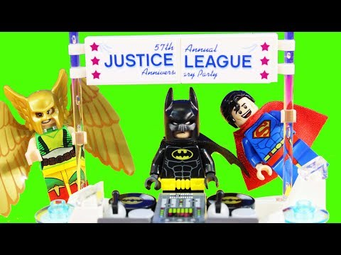 Xxx Mp4 The Lego Batman Movie Justice League Anniversary Party With Egghead Mech Food Fight Toy Review 3gp Sex