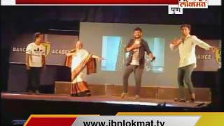 70 Year Old Lady Dancing on Zingat Song of Sairat in Pune