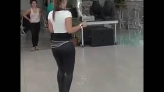 رقص ولا أروع