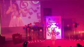 Luna Gabriela, Presentación en YES Factor!