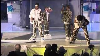 P-Square - E No Good (Stage Performance)