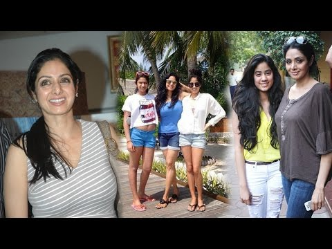 Xxx Mp4 Sridevi Family Photos Actress Sridevi With Husband And Daughters 3gp Sex