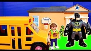 Imaginext Nightwing saves Batman From Joker in Superboy Playmobile Dream school Bus