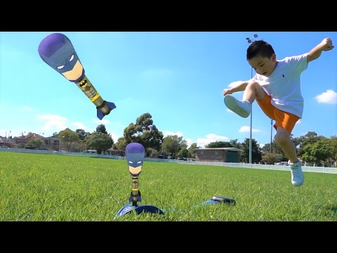 Blast N Launch Batman Kids Fun Outdoor Games With Ckn Toys Unboxing and Playing