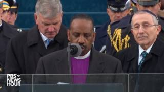 Bishop Wayne T. Jackson delivers the benediction at Inauguration Day 2017