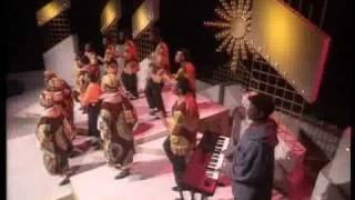holy cross choir  siyakudumisa