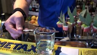 Coctail Bar Max - Warszawa -Przygotowanie Absynthu