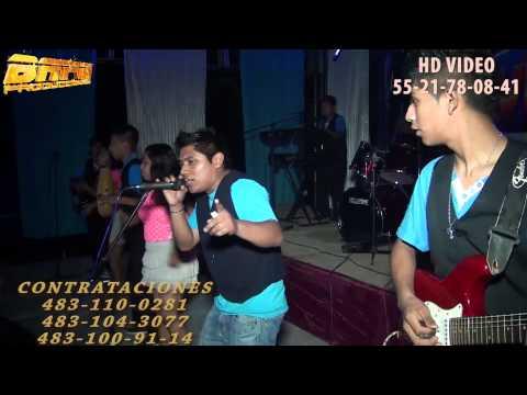GRUPO PROVIDENCIA MUSICAL VAILANDO EN LA PLAYA