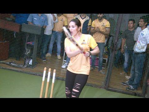 Xxx Mp4 Sunny Leone Playing Cricket At BCL Team Launch 3gp Sex