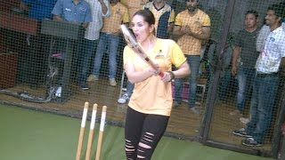 Sunny Leone Playing Cricket At BCL Team Launch