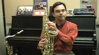 Saxophone: Playing Your First Notes