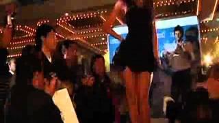 Vanessa Tello lució prendas íntimas en desfile