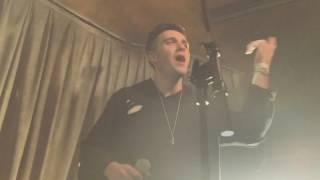 "Lauv - ""I Like Me Better"" - Live -"