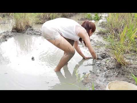Xxx Mp4 WOW Sexy Girl Fishing At Battambang Province In Cambodia Traditional Fishing Part73 3gp Sex