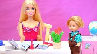 Barbie Toy Episodes - Family Fun Stories at Barbie's School, Barbie's House & with Chelsea's Friends