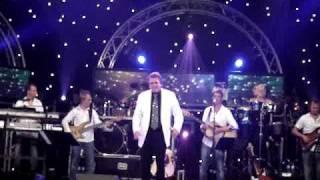 Rene Schuurmans live concert 18-09-2009(deel 2) LEE TOWERS YOU'LL NEVER WALK ALONE!!!