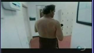 Dirty Jobs: obligatory shower scene