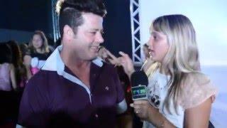 TOM paparazzy TV  intrevista com o cabeleleiro Antony Oliver evento da top way