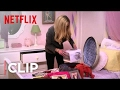 Arrested Development Season 4 Clip | Lindsay's Suitcase [HD] | Netflix