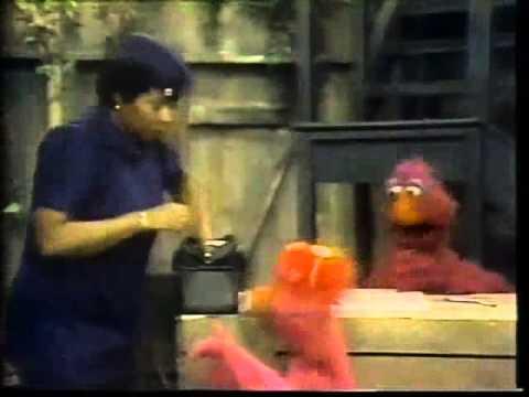 Classic Sesame Street A Honker Hurts His Honker