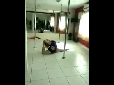 Plus size pole dancer showing you not to count her out yet