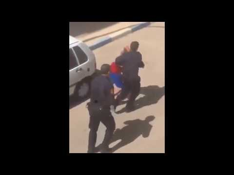 Xxx Mp4 لحظة القبض على المتورط التاني في محاولة اغتصاب فتاة بالطوبيس 3gp Sex