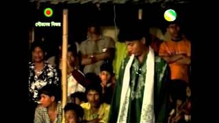 Kutub Uddin Jewel:  Emon Ek Ronger Desh Ache.