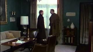 L'ispettore Derrick - Un'antica canzone tebana (Ein Lied aus Theben) - 68/79