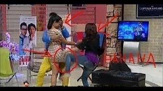 Ungkapan Tya Ariestya Dan Jenny Cortez HOT & Seksi Abis @Suka Suka Uya Terbaru Maret 2014