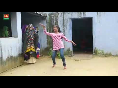 Ajit k gane pe Gurjari or Neha k bich Dance m hua compitition