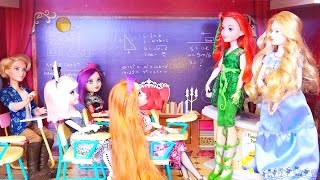 DC Superhero Girls Toys - Wonder Woman and Poison Ivy Are Exchange Students at Ever After High