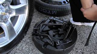 How To Change A Flat Chevy Tire | Sunrise Chevrolet