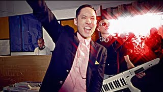 FAR EAST MOVEMENT -