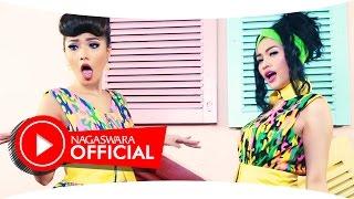Duo Anggrek - Korupsi Cinta (Official Music Video NAGASWARA) #music