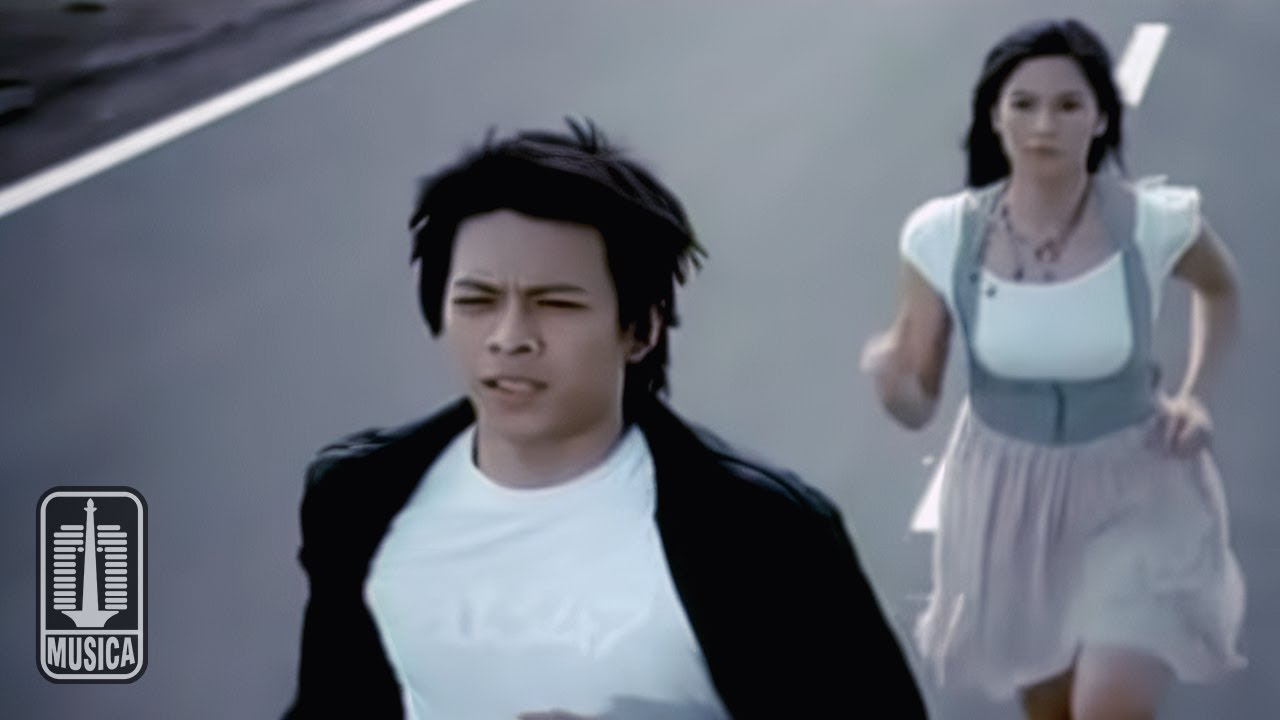 Peterpan - Menghapus Jejakmu (Official Music Video)