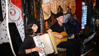 Luz de Luna in Lotus Rouge Bar, Playa del Carmen (Maria Droni & Peter Theis)